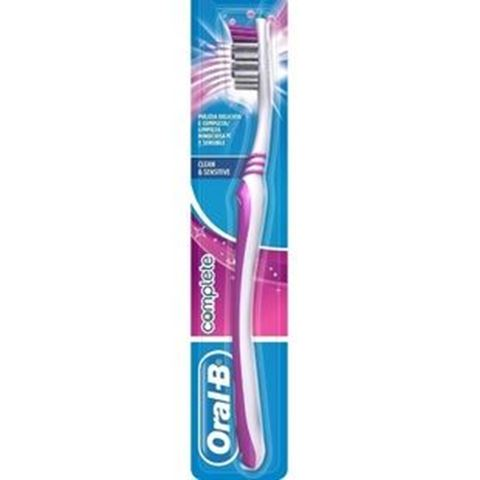 Oral-B Complete Toothbrush 35 Medium