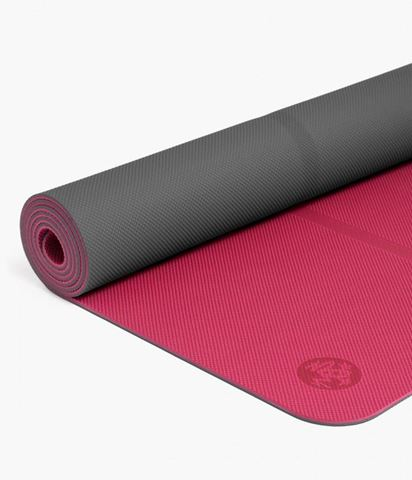 Manduka Welcome Yoga Mat Magenta Thunder